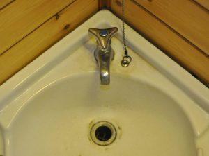 手洗い器の汚れ