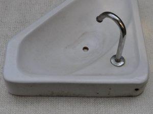 トイレタンクふたのカビ