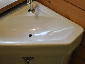 手洗い器水垢落し