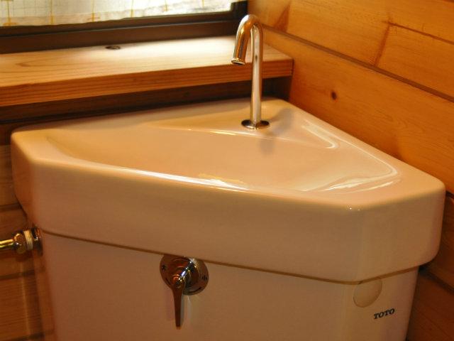 トイレタンク手洗い器