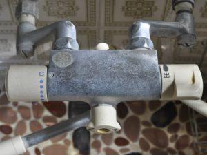 シャワー水栓水垢