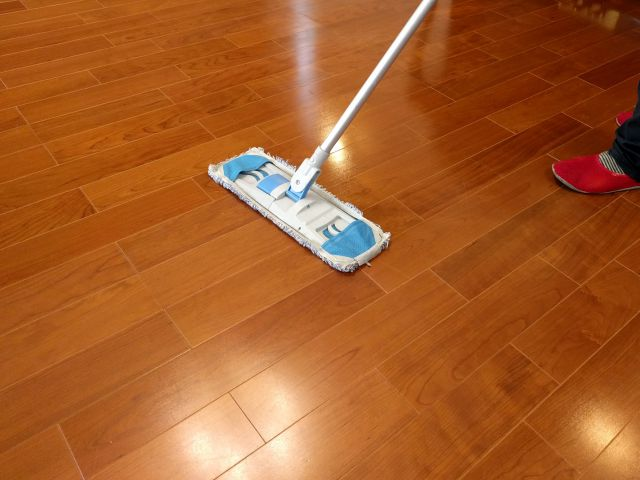 床掃除,ワックスがけ